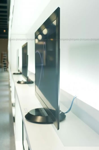 sony-thinnest-tv