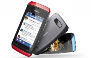 Nokia Asha 305 touch and dual-SIM phone
